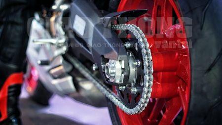 Hinh anh dau tien cua sieu pham Ducati 959 tai Viet Nam - Anh 9