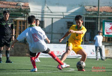 Thang dam 9-0, duong kim vo dich TN Nghi Loc vao ban ket - Anh 3