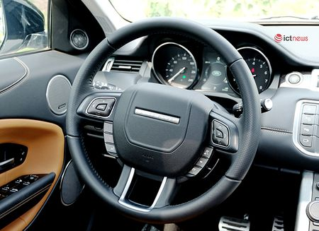 Can canh chi tiet SUV hang sang co nho Range Rover Evoque 2016 - Anh 11