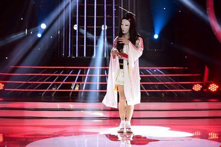 Phan Ngoc Luan gia gai, mua lua 'qua mat' Hoa Minzy - Anh 6