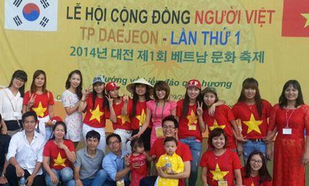 Nhung su gia noi tinh huu nghi Viet - Han - Anh 1