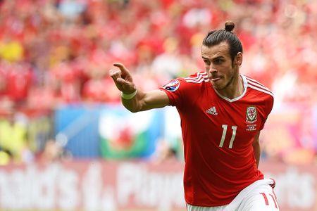 Bale toa sang giup xu Wales gianh chien thang lich su - Anh 3