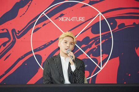 Junsu (JYJ) tu tin khong chay theo xu huong trong Kpop - Anh 1