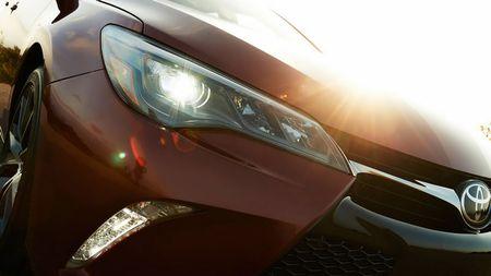 Toyota ra mat Camry 2017: Cai tien manh me, gia hap dan - Anh 13