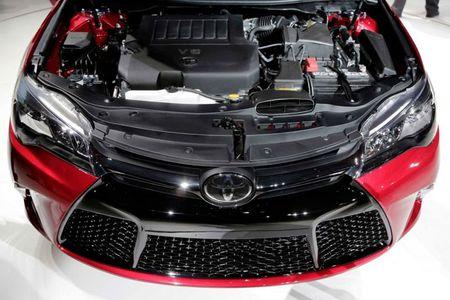 Toyota ra mat Camry 2017: Cai tien manh me, gia hap dan - Anh 14