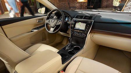Toyota ra mat Camry 2017: Cai tien manh me, gia hap dan - Anh 18