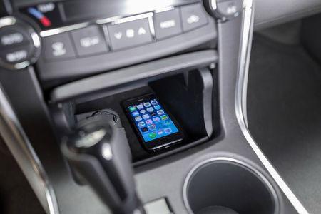 Toyota ra mat Camry 2017: Cai tien manh me, gia hap dan - Anh 20