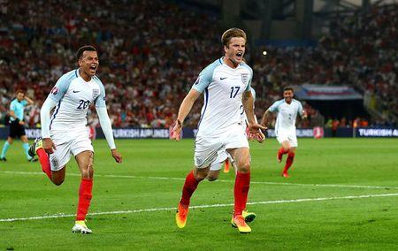 EURO ngay thi dau thu 2: Anh bi cam hoa, Bale lap cong cho Xu Wales - Anh 12