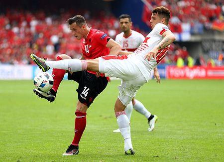 EURO ngay thi dau thu 2: Anh bi cam hoa, Bale lap cong cho Xu Wales - Anh 1