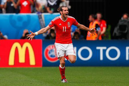 EURO ngay thi dau thu 2: Anh bi cam hoa, Bale lap cong cho Xu Wales - Anh 7