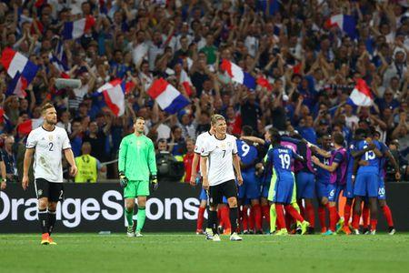 Hinh anh dang nho trong ngay tuyen Duc chia tay EURO 2016 - Anh 1