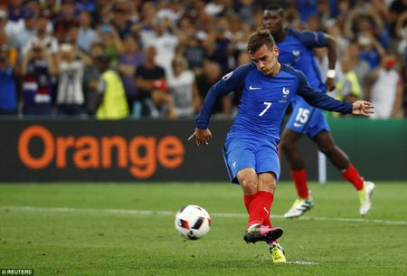 Hinh anh dang nho trong ngay tuyen Duc chia tay EURO 2016 - Anh 7