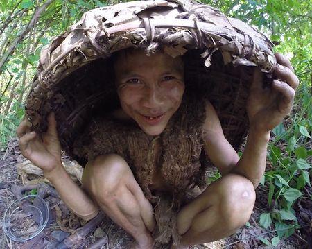 Nguoi rung Ho Van Lang len bao nuoc ngoai khien the gioi tam quen Tarzan - Anh 5