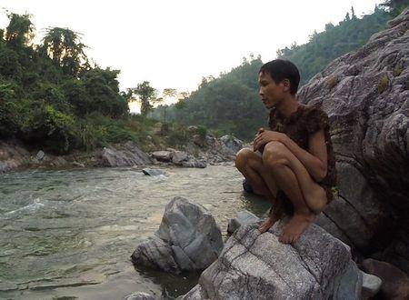 Nguoi rung Ho Van Lang len bao nuoc ngoai khien the gioi tam quen Tarzan - Anh 6