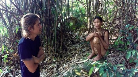 Nguoi rung Ho Van Lang len bao nuoc ngoai khien the gioi tam quen Tarzan - Anh 7