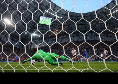 Euro 2016 Phap 2 - 0 Duc: Hay khong bang may - Anh 2