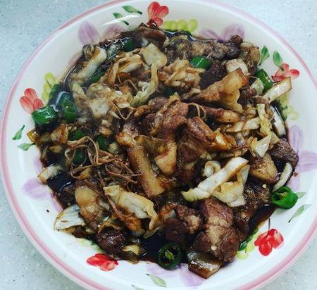 Xem thuc don an uong sang chanh cua nha giau Trieu Tien - Anh 5