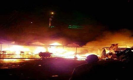 Danh bom, xa sung kinh hoang o Baghdad, 100 nguoi thuong vong - Anh 1