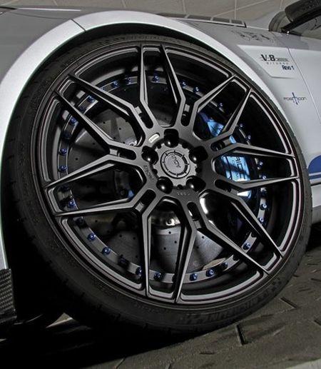 """Soc"" Mercedes E63 AMG do manh hon sieu xe khung - Anh 4"