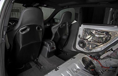 """Soc"" Mercedes E63 AMG do manh hon sieu xe khung - Anh 7"