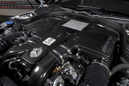 """Soc"" Mercedes E63 AMG do manh hon sieu xe khung - Anh 8"
