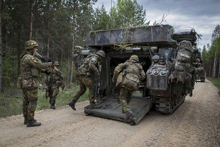 Quan he Nga - NATO: Doi dau lanh - Anh 1
