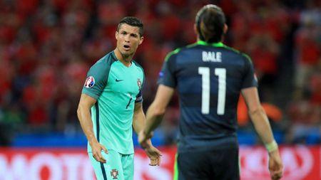 Cau thu toi yeu: Nuoc mat Ronaldo - Toi khong dam nghi den - Anh 2