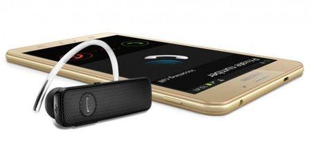 "Samsung Galaxy J Max: Man hinh to 7"", cau hinh thap, pin 4.000 mAh, gia ~200 USD - Anh 1"