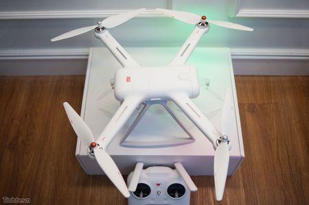 Tren tay Xiaomi Drone: hoan thien cao cap, gon nhe, de dang thao lap - Anh 28