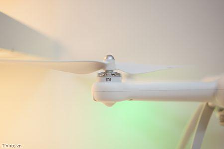 Tren tay Xiaomi Drone: hoan thien cao cap, gon nhe, de dang thao lap - Anh 5