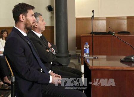 Messi se khang cao an ngoi tu - Anh 1