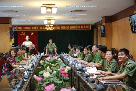 Day manh cac phong trao thi dua lao dong gioi, lao dong sang tao - Anh 1
