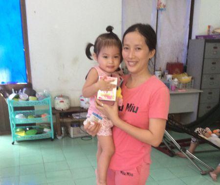 Me thong thai giup con: het ho, het chay nuoc mui chi sau 7 ngay - Anh 2