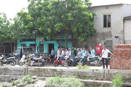 Bi an thi the co gai chet up mat lap lo troi duoi cong thoat nuoc Hai Phong - Anh 2