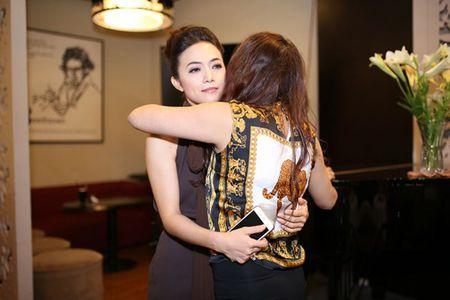 Sau lum xum Duong Cam Lynh, Tinna Tinh tung MV 'Doi kho doan' - Anh 4