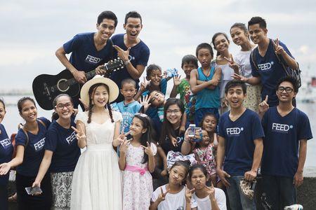 Dien vien 'Toi thay hoa vang tren co xanh' kham pha vinh Manila - Anh 7