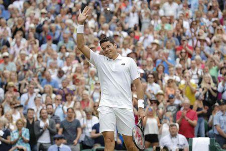 Federer guc nga truoc 'dan em' o ban ket Wimbledon - Anh 3