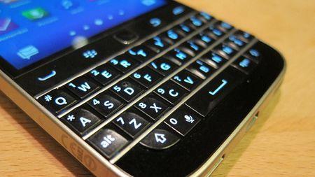BlackBerry quyet giu ban phim QWERTY - Anh 1
