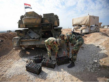Quan doi Syria sap cat dut tuyen cung cap chinh cua quan noi day tai Aleppo - Anh 1