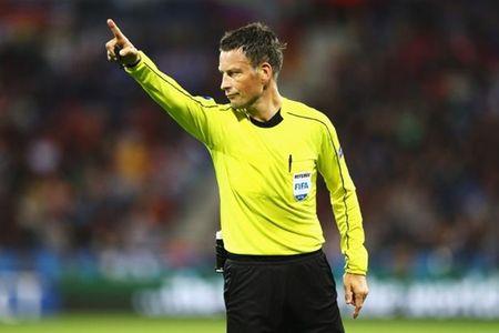 Trong tai 'tham hoa' se cam coi tran chung ket EURO 2016 - Anh 1