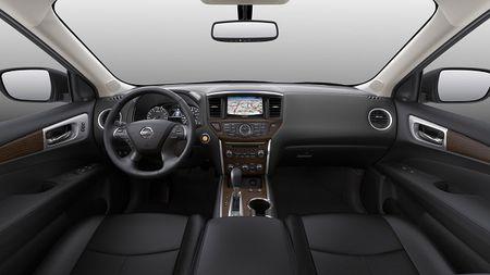 Nissan Pathfinder 2017: Xe gia dinh rong rai va tien loi - Anh 2