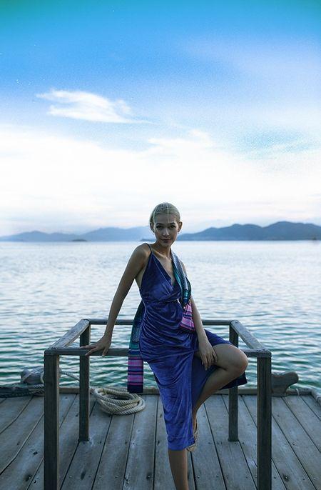 Diep Linh Chau muon xay dung hinh anh dang cap tai The Face 2016 - Anh 3