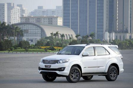 Toyota Viet Nam cong bo bang gia moi ap dung tu 1/7/2016 - Anh 1