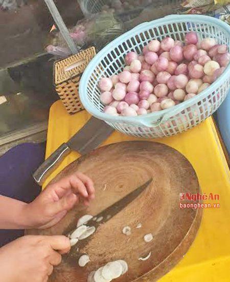 Nong san Trung Quoc tran lan tai cho dau moi Vinh - Anh 4