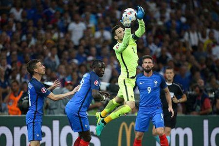 'Dream Team' vong ban ket EURO 2016: - Anh 3