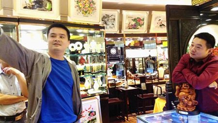 Con Minh: Rao ruc voi linh hon tuong da - Anh 7