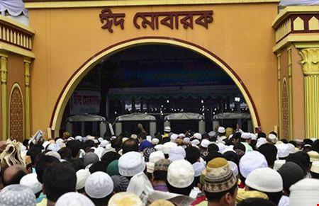 Bon khung bo tiep tuc tan cong o Bangladesh - Anh 1