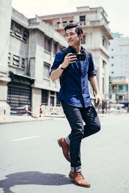 Hot boy Thien Minh hoa nhiep anh gia lich lam - Anh 1
