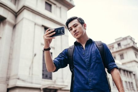 Hot boy Thien Minh hoa nhiep anh gia lich lam - Anh 4