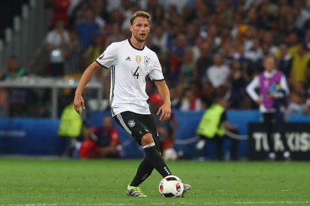 Muller, Giroud linh xuong doi hinh te nhat ban ket Euro 2016 - Anh 4